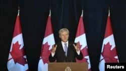 환태평양경제동반자협정, TPP 협상이 타결된 5일 캐나다 오타와 시 스티븐 하퍼 캐나다 총리가 기자회견을 하고 있다.