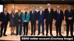 Učesnici samita lidera Zapadnog Balkana i Evropske banke za obnovu i razvoj (Foto: Tviter nalog EBRD)