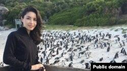 رکسانا صابری خبرنگار ایرانی آمریکایی که مدتی در ایران زندانی بود