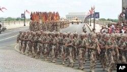تصویری از رژه نظامی سال ۱۹۹۱ در پایتخت آمریکا که پس از بیرون راندن نیروهای صدام حسین از کویت انجام شد.