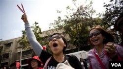 Demonstran Kaos Merah yang anti-pemerintah berdemo pekan lalu di Bangkok.