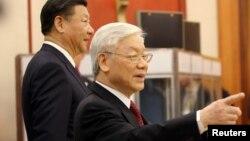 """Ông Nguyễn Phú Trọng đang học hỏi từ chiến dịch """"đả hổ diệt ruồi"""" của Chủ tịch Trung Quốc Tập Cận Bình?"""