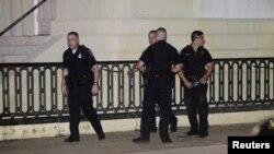 پولیس در تلاش دستگیری مهاجم است