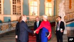 Владимир Путин и Кристин Лагард