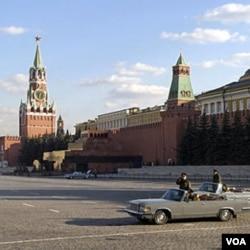 Više od 700 hiljada djece u Rusiji je izgubilo roditelje ili je napušteno