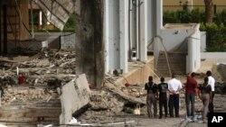 Serangan bom mobil bunuh diri di Baghdad, Irak (29/5). Kelompok ISIS mengklaim serangan bunuh diri di Samarra, Senin (1/6).