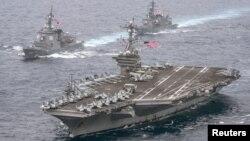 ေလယာဥ္တင္သေဘၤာ USS Carl Vinson