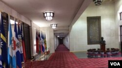 台湾外交部正门内景 (申华 拍摄)