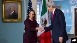La canciller mexicana, Claudia Ruiz Masseiu, espera delinear durante su visita la agenda trilateral, y allanar el camino para la cumbre de Norteamérica que Estados Unidos, México y Canadá celebrarán en el primer trimestre de 2016.