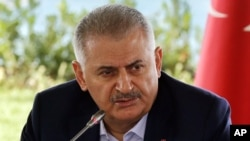 Thủ tướng Thổ Nhĩ Kỳ Binali Yildirim phát biểu trong một cuộc gặp gỡ đại diện các cơ quan truyền thông nước ngoài tại Istanbul, ngày 20 tháng 08 năm 2016.