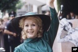 Debbie Reynolds in 1984.