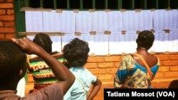 Les électeurs centrafricains en attendent des résultats