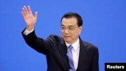 리커창 중국 총리가 15일 베이징에서 열린 전국인민대표대회(전인대) 폐막 회견을 하고 있다.