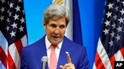 جان کری در آرژانتین در یک کنفرانس خبری درباره پرداخت پول نقد به ایران موضع گیری کرد.