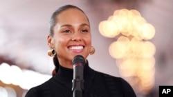 Este año la cantante de R&B Alicia Keys será anfitriona del evento por primera vez y lideran las nominaciones los raperosKendrick Lamar y Drake.