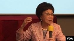 2020总统参选人、前台湾副总统吕秀莲在台北举行座谈会(美国之音齐勇明摄 2019年10月25日)