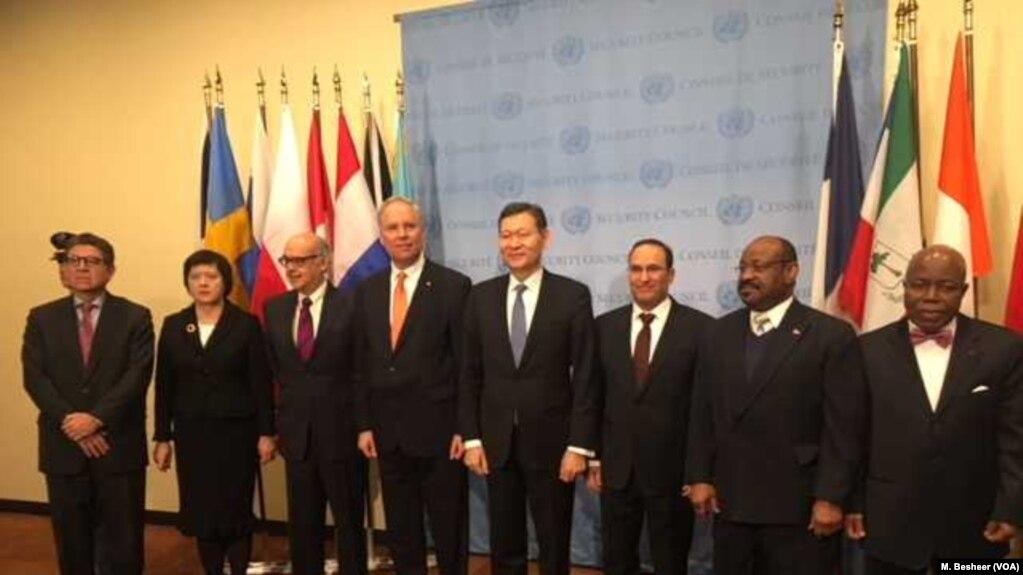 Dewan Keamanan Pbb Menyambut Enam Anggota Baru Tidak Tetap Di Kantor Pusat Perserikatan Bangsa Bangsa