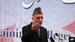 کابل بینک کا بحران: کرزئی نے غیرملکیوں کو موردِ الزام ٹھہرا دیا