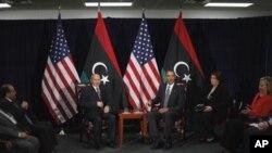 유엔 총회에서 회담을 가진 오바마 미국 대통령과 무스타파 압델 잘릴 리비아 국가과도위원회 위원장