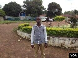 Dauda Mohamed Fullah, an Ebola survivor, Kenema, Sierra Leone, Oct. 17, 2014. (Nina deVries/VOA)