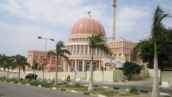 Angola: Remodelação presidencial resulta da necessidade de proteger interesses pessoais
