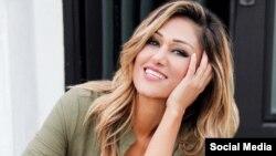 «آوا فرهند باورز» خواننده و ترانه سرای ایرانی-آمریکایی در آلبوم جدید خود یک آهنگ به فارسی به نام «رها» خوانده است.
