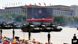 2015年天安門廣場展示坦克。