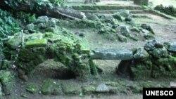 Valongo Wharf Archaeological Site - Stone cooking site. (Camila Agostini)