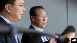Zamenik ministra inostranih poslova Severne Koreje po dolasku u Kinu