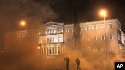Έγκριση του νέου πακέτου μέτρων λιτότητας στην Ελλάδα