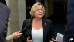 """""""Para mí una gran sorpresa saber que era la primera latina en ese poderoso Congreso"""", recuerda la congresista Ileana Ros-Lehtinen."""