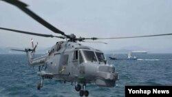 한국 해군 소속 링스 헬기. (자료사진)