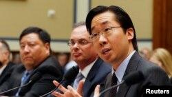 El jefe de Tecnología, Todd Park, testifica ante congresistas sobre las fallas del portal de salud.