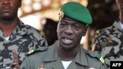 Tướng Amadou Sanogo, người cầm đầu cuộc đảo chính ở Mali hồi năm ngoái đã bị bắt