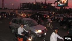 Drivers ignore traffic signs during the city's rush hour, Phnom Penh, Cambodia, file photo.