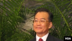 Perdana Menteri Tiongkok Wen Jiabao berada di New York, untuk KTT PBB, tapi tidak direncanakan untuk bertemu dengan PM Jepang.