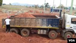 福建开源集团在赞比亚的一处建筑工地