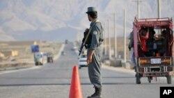 در میان کشته شدگان فرمانده پولیس ولسوالی دولت آباد نیز شامل است