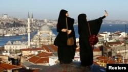 گردشگری ترکیه پس از حملات تروریستی و کودتای نافرجام٬ لطمه زیادی خورده است.