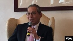 台湾驻美代表高硕泰(美国之音钟辰芳拍摄)