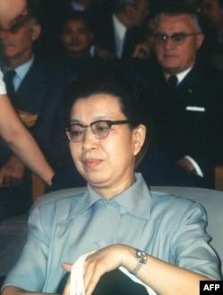 历史照片:毛泽东的第三任妻子江青(1914-1991)在北京。(1973年9月8日)