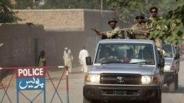 Lực lượng an ninh Pakistan đã chiến đấu với các phần tử chủ chiến Taliban trong nước trong gần một thập kỷ