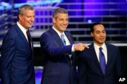 Кандидати: Мер Нью-Йорка Білл де Блазіо, Конгресмен Тім Раян, екс-високопосадовець Адміністрації Обами Джуліан Кастро