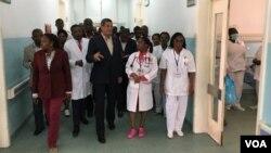 Rui Falcao visita hospital