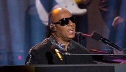 Top Ten Música na América: Grandes nomes da música preparam-se para homenagear Prince