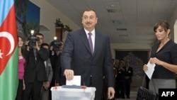 Ильхам Алиев c супругой