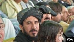 پی ٹی ایم کے رہنما منظور پشتین (فائل فوٹو)