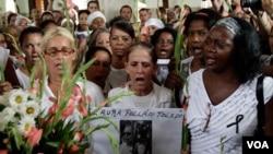 Durante tres días las Damas de Blanco honraron a su líder, Laura Pollán, quien falleció el pasado viernes 14 de octubre de 2011.