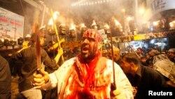 Іракські мусульмани-шиїти відзначають Ашуру