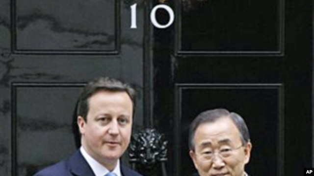 UN Secretary-General Ban Ki-moon (r) and British Prime Minister David Cameron at 10 Downing Street in London, February 02, 2011